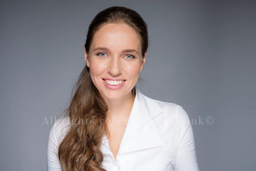 Anna Fischer